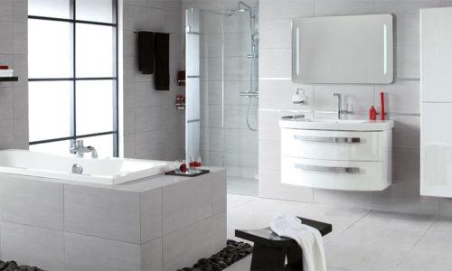 White bathroom at Brødrene Dahl